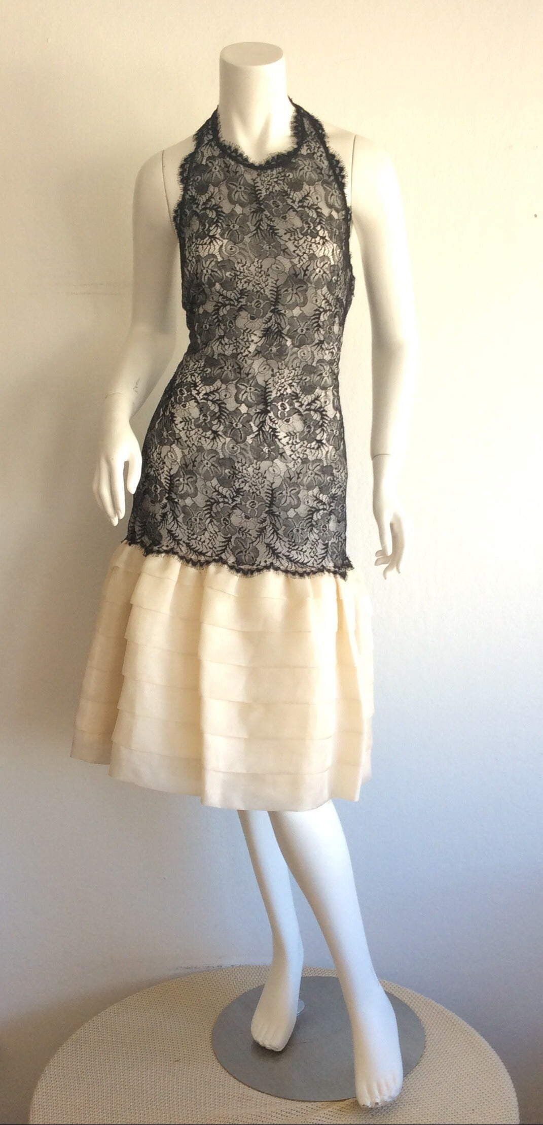 Beautiful Vintage Mary McFadden Couture Numbered French Lace Dress In Excellent Condition For Sale In Chicago, IL