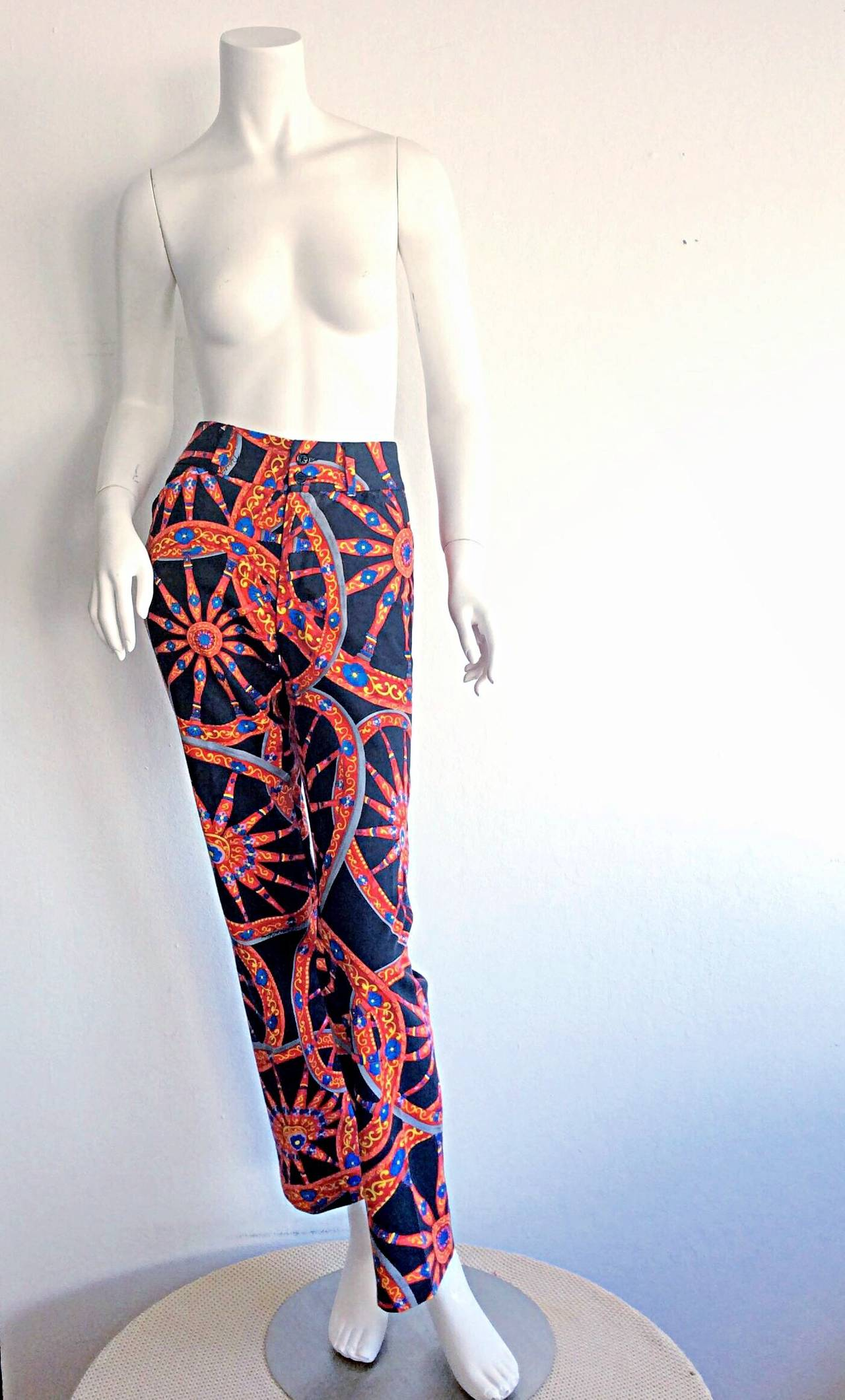 Wonderful Dolce & Gabbana slim fit cotton trousers, with an incredible Italianate Nautical theme. A great fit, that is very flattering on. Dolce & Gabbana signature throughout the trousers. Two rear pockets. In great condition. Approximately Size US