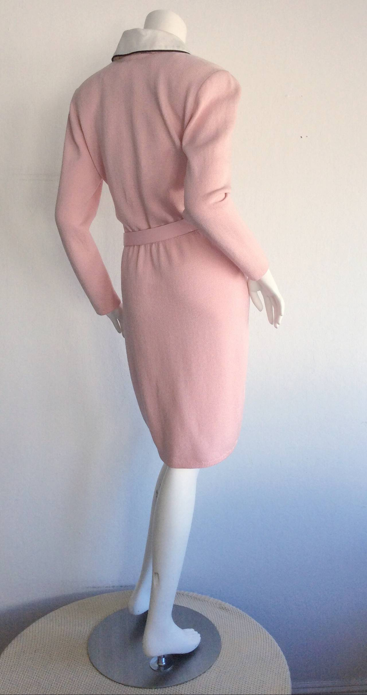 Vintage St. John Marie Gray Pink Santana Knit Belted Dress w/ Removable Collar 5