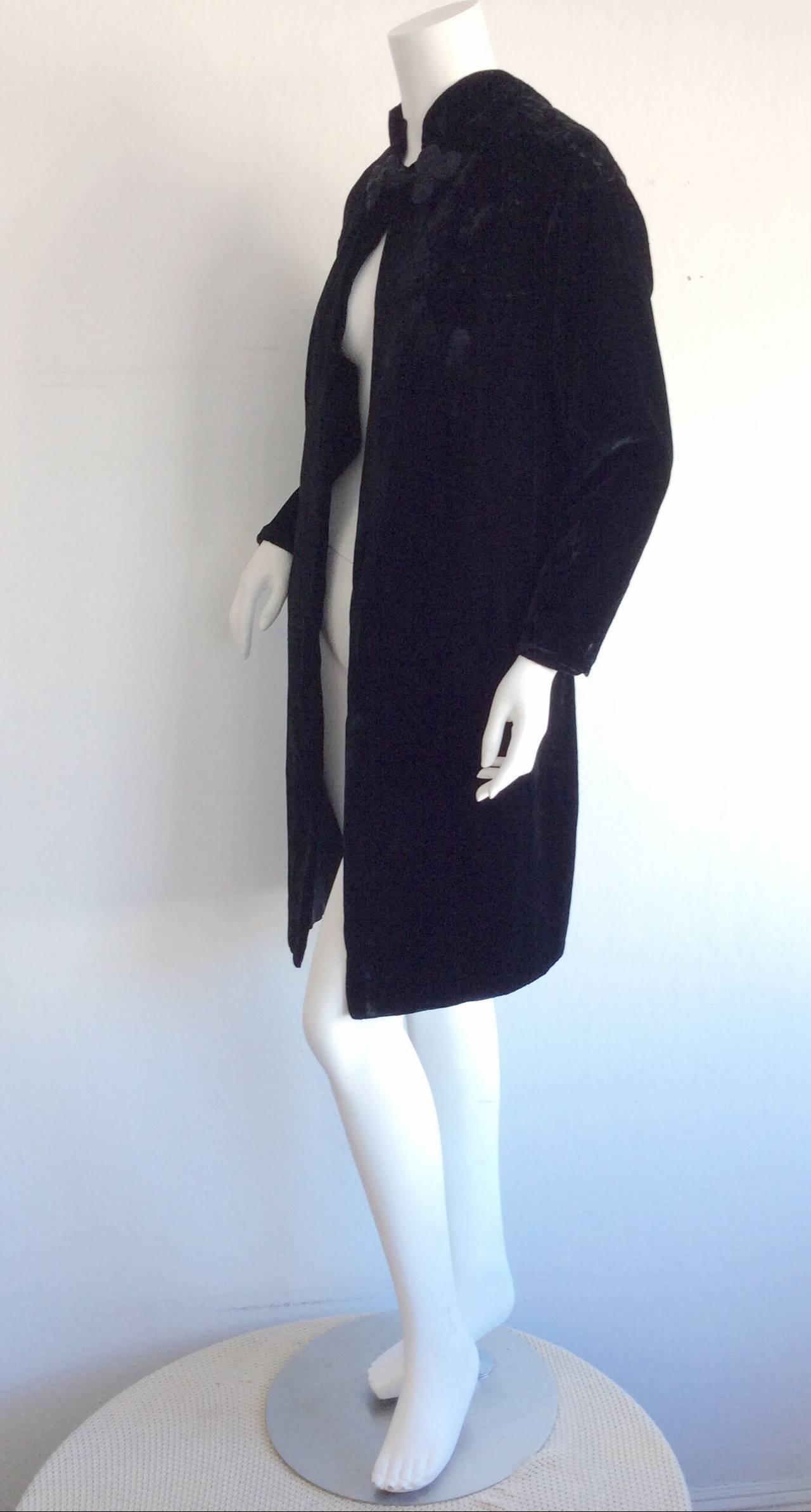 Extremely Rare 1950s Ceil Chapman Black Velvet Milium Cloak Jacket 4