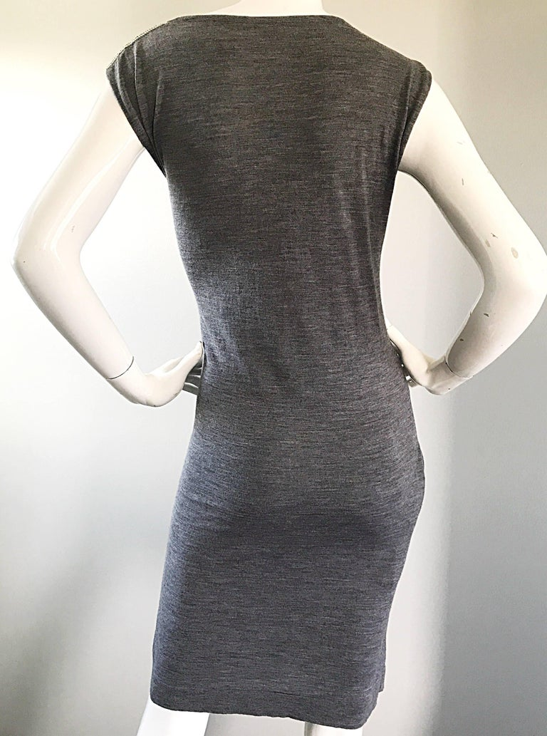 Brand New Pierre Balmain Chainmail One Shoulder Grey Wool Metal Mesh Dress Sz 40 In New Condition For Sale In Chicago, IL