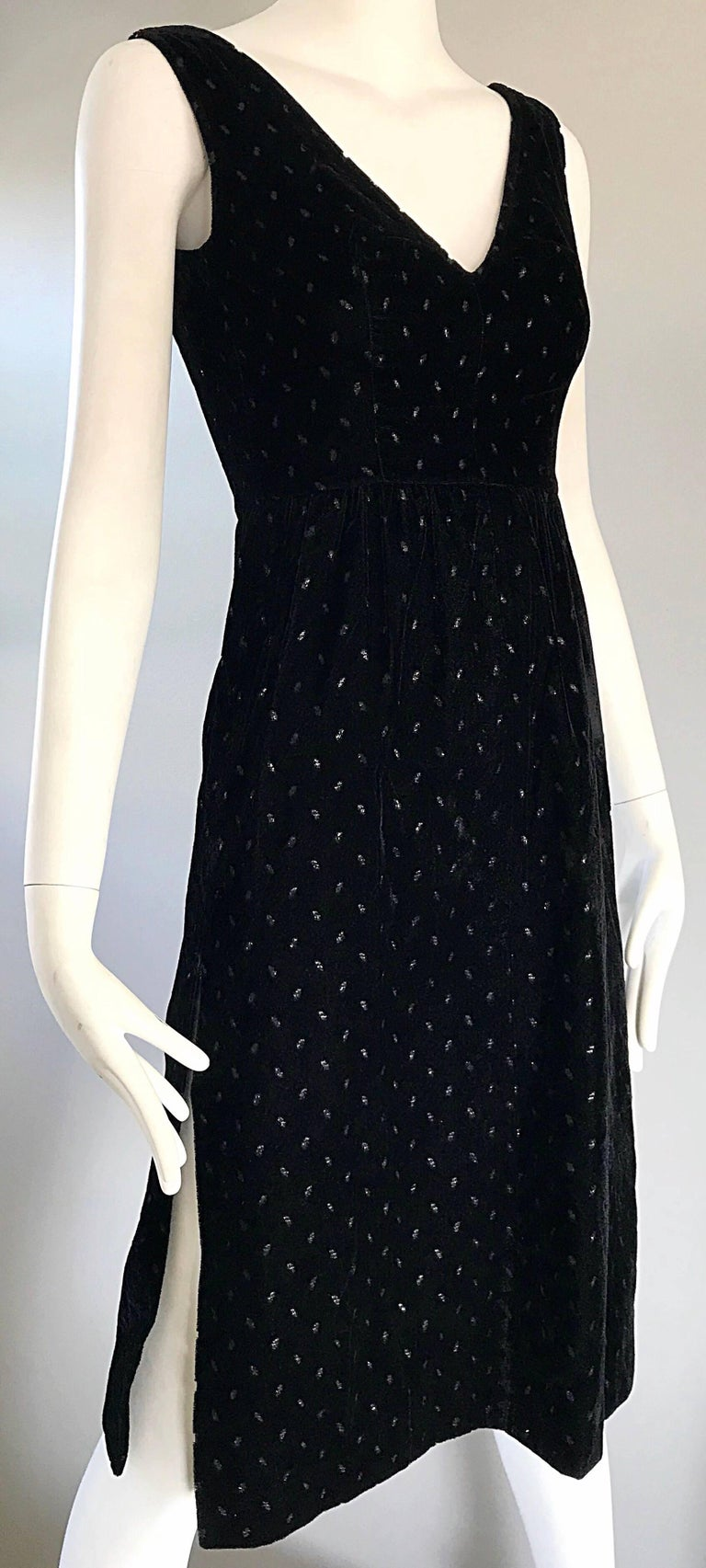 1960s Courreges Black Velvet Metallic Beautiful Vintage 60s A Line Dress  For Sale 4