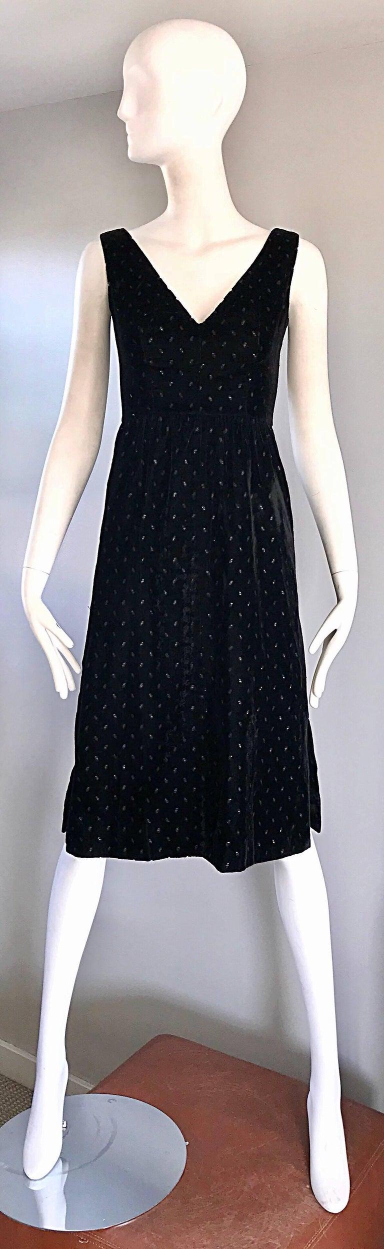 1960s Courreges Black Velvet Metallic Beautiful Vintage 60s A Line Dress  For Sale 5