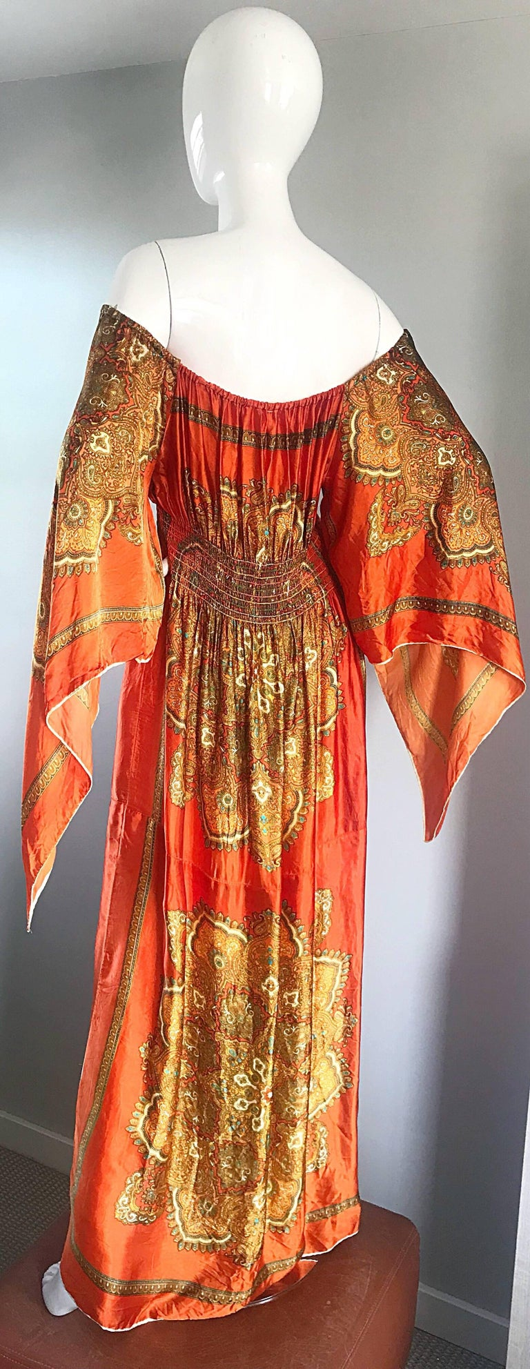 Amazing 1970s Off - Shoulder Boho Ethnic Print Silky Vintage 70s Maxi Dress 7
