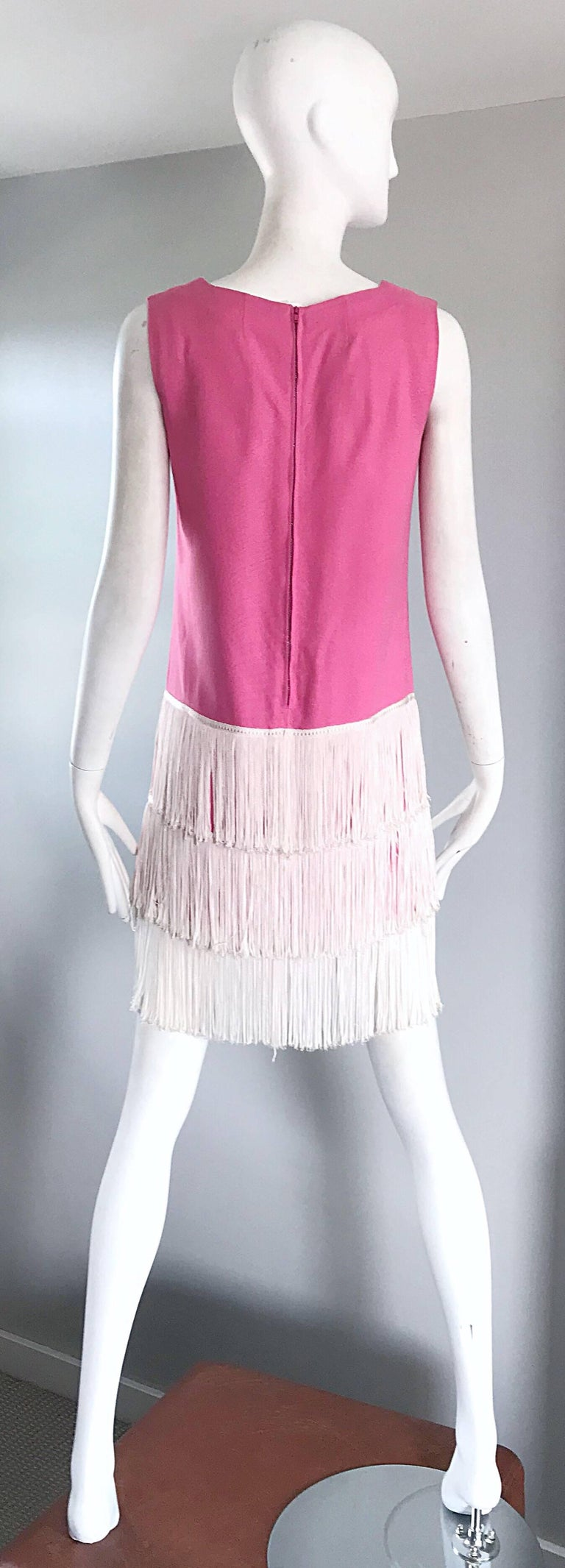 1960s does 1920s Bubblegum Pink + White Fringe Vintage 60s Flapper Shift Dress For Sale 2