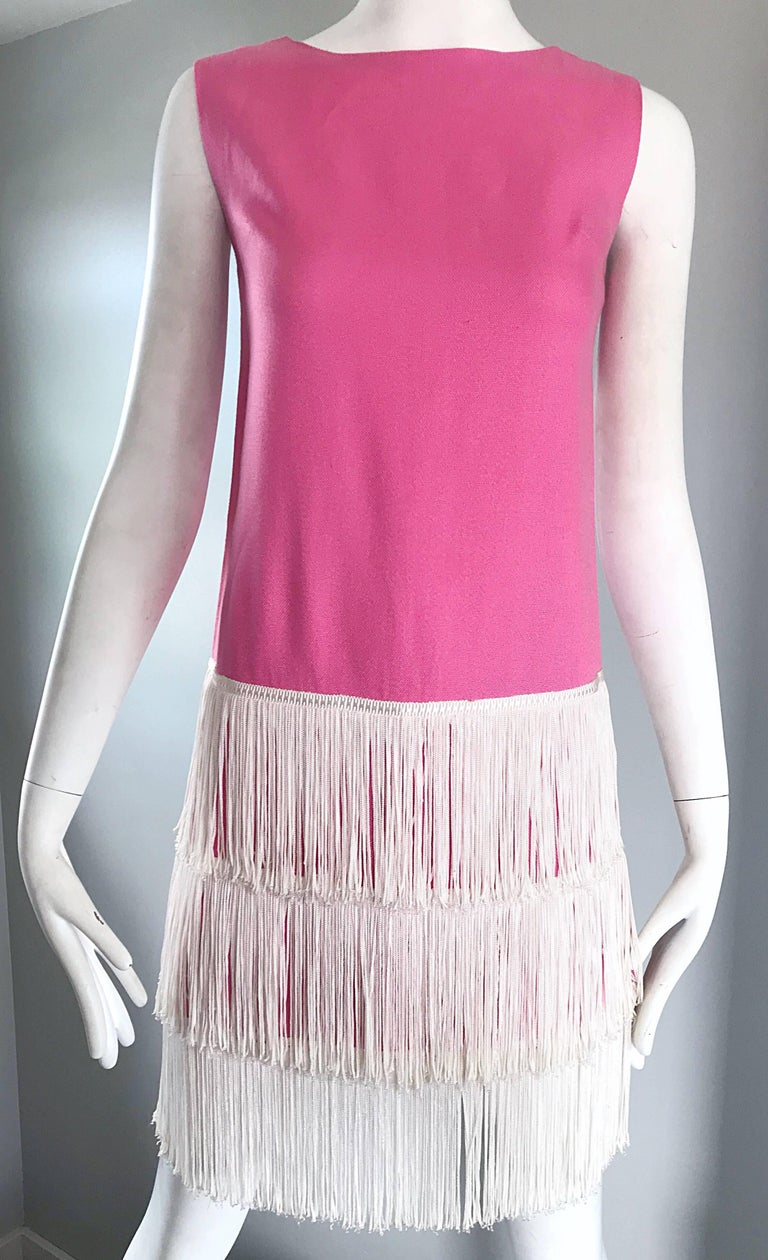1960s does 1920s Bubblegum Pink + White Fringe Vintage 60s Flapper Shift Dress For Sale 3
