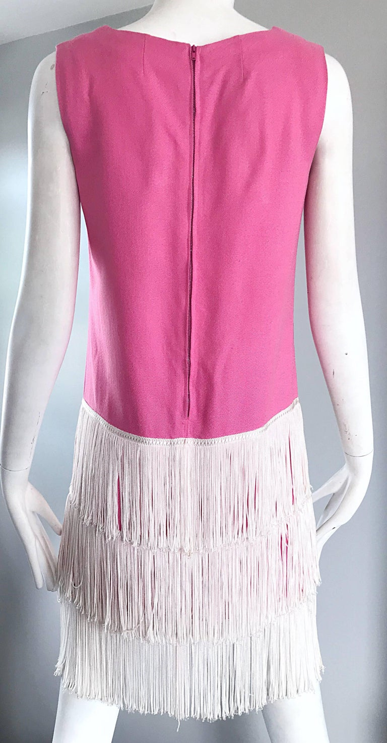 1960s does 1920s Bubblegum Pink + White Fringe Vintage 60s Flapper Shift Dress For Sale 5