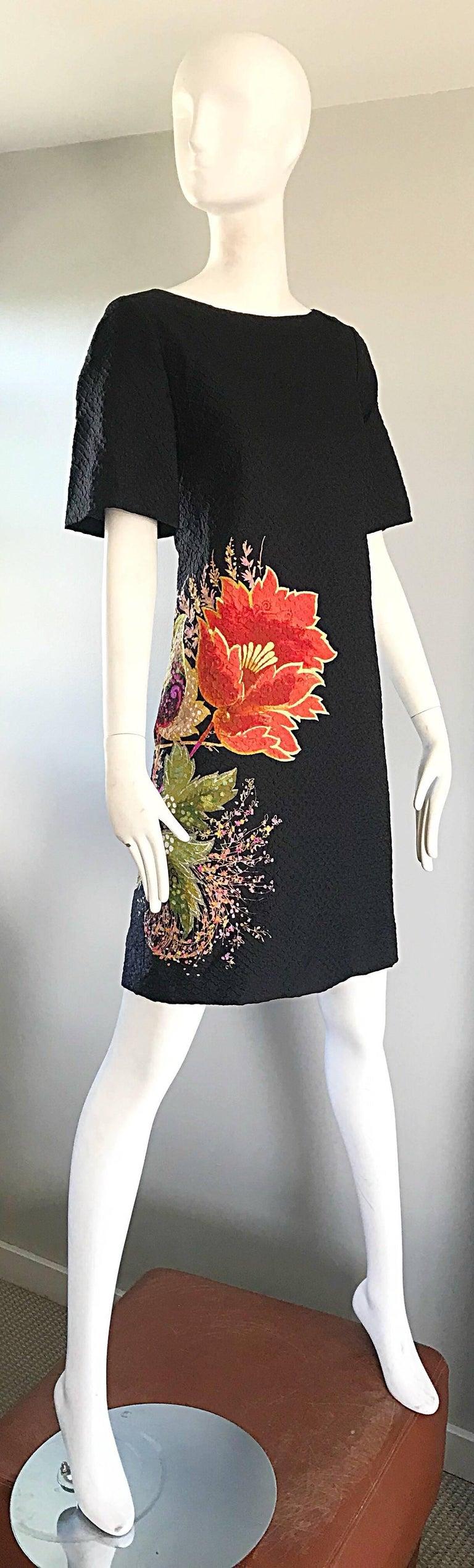 Vintage Etro 1990s Black Silk Size 40 Floral Print Short Sleeve 90s Shift Dress For Sale 3