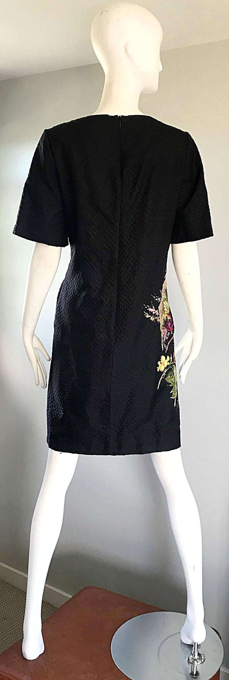 Vintage Etro 1990s Black Silk Size 40 Floral Print Short Sleeve 90s Shift Dress For Sale 4