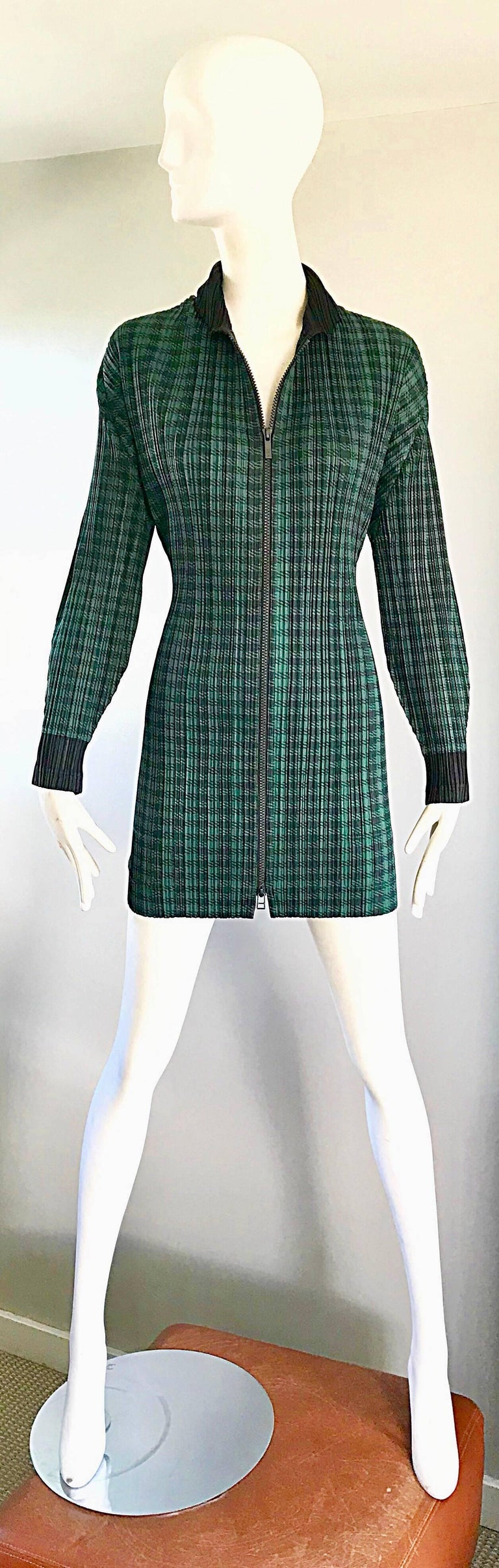 Vintage Issey Miyake Pleats Please 90s Green Black Checkered Jacket Mini Dress For Sale 5