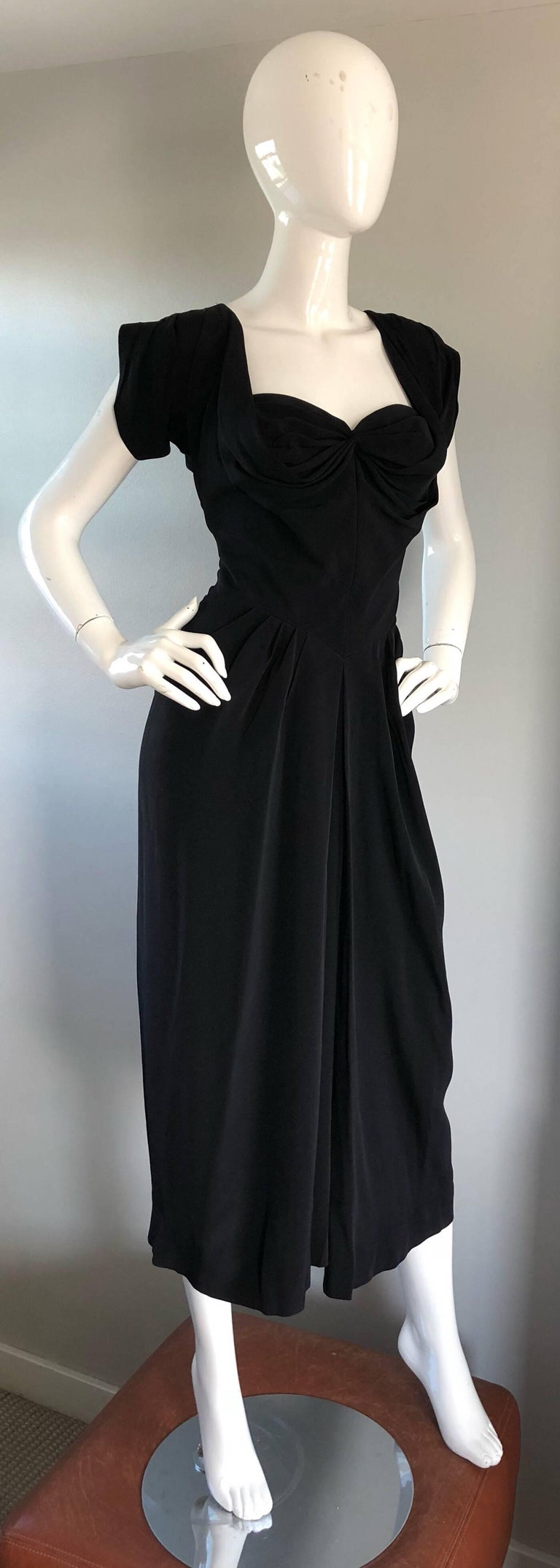 1950s Dorothy O'Hara Black Crepe Cap Sleeve Sweetheart Neck Vintage 50s Dress For Sale 1