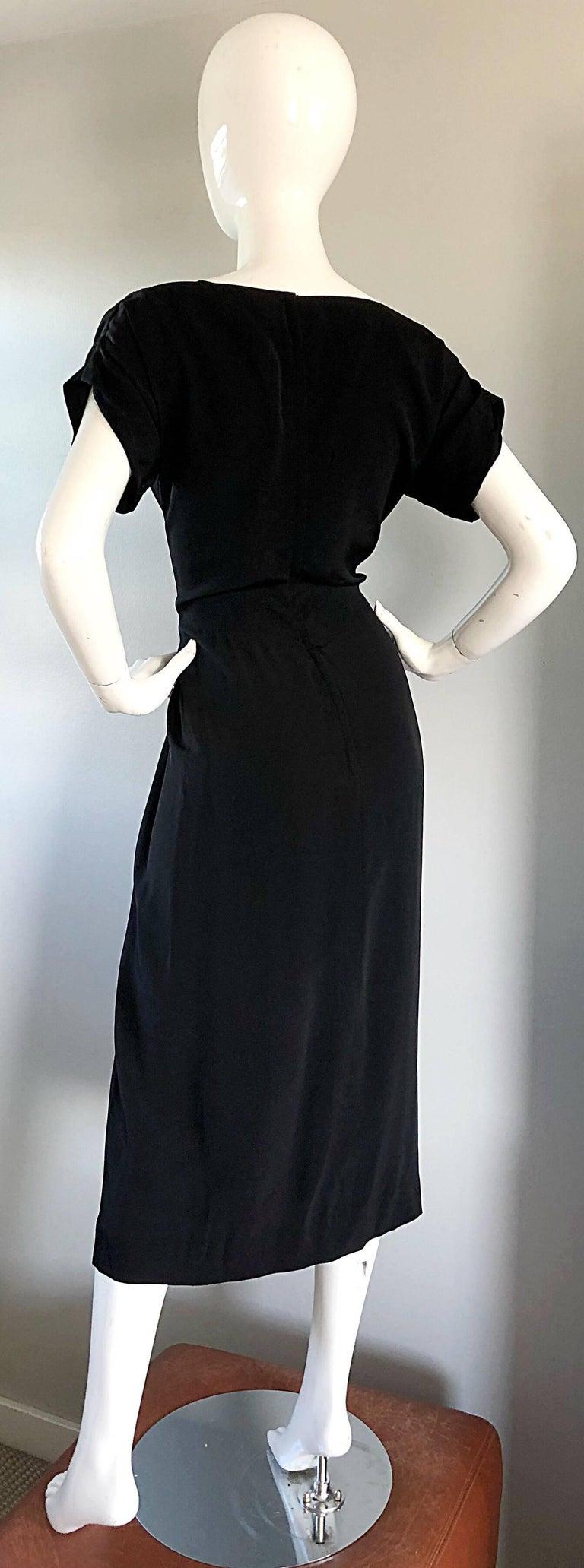 1950s Dorothy O'Hara Black Crepe Cap Sleeve Sweetheart Neck Vintage 50s Dress For Sale 4