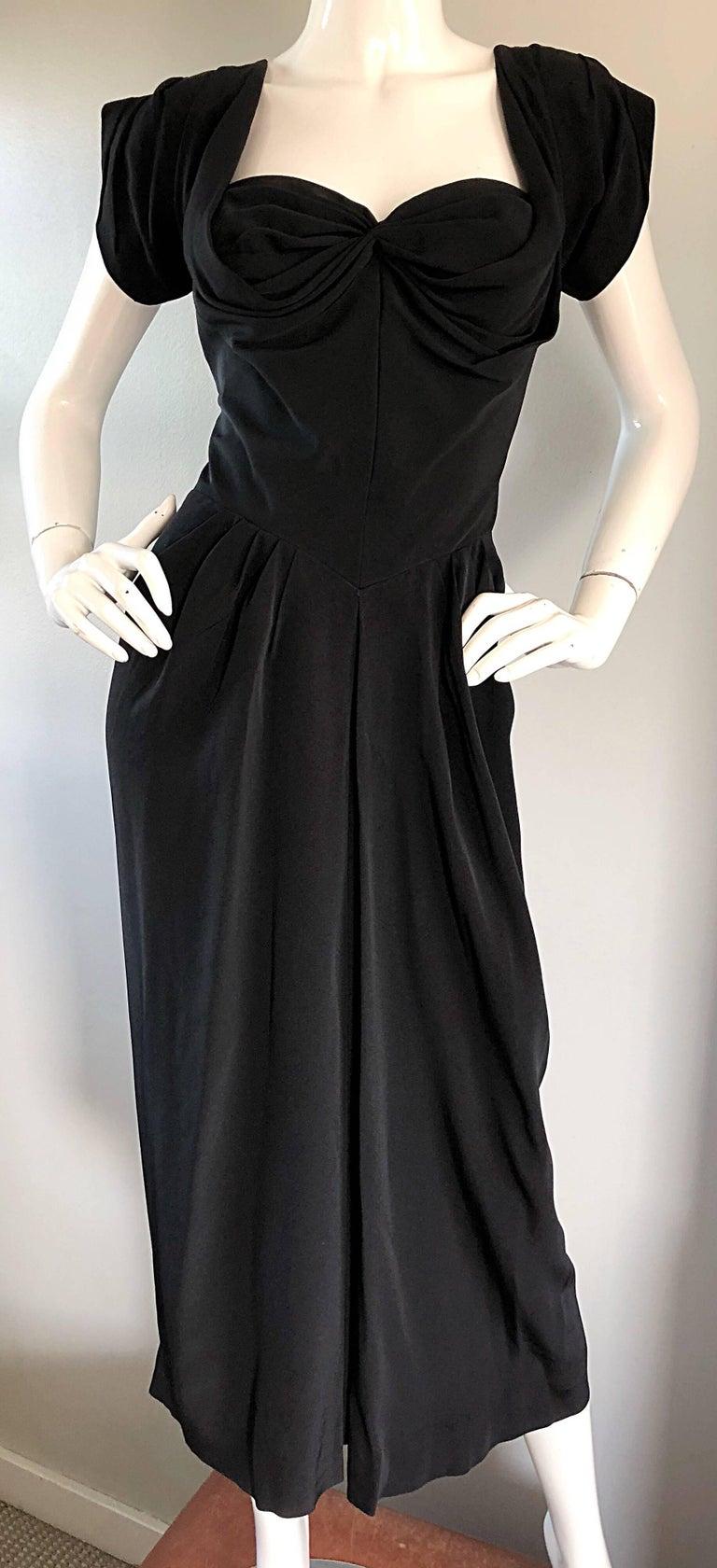 1950s Dorothy O'Hara Black Crepe Cap Sleeve Sweetheart Neck Vintage 50s Dress For Sale 5