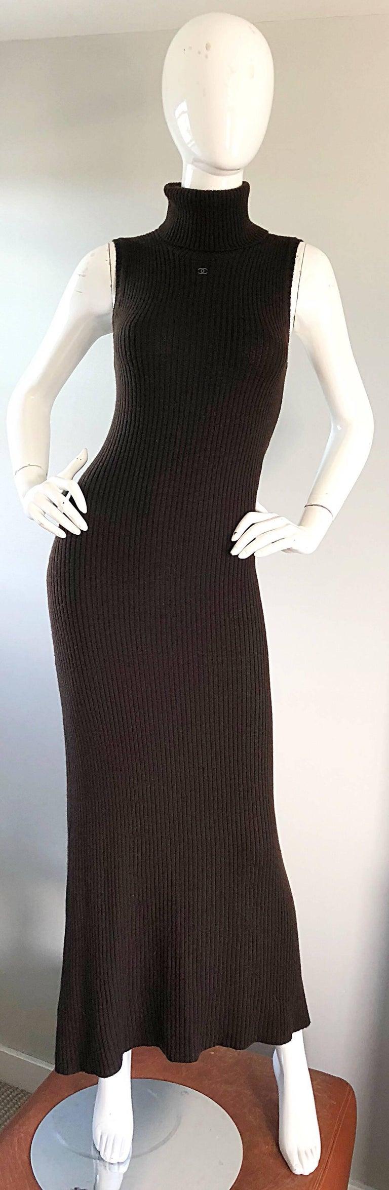 Chanel Vintage 99A Espresso Brown Cashmere Turtleneck 1990s 90s Sweater Dress 9