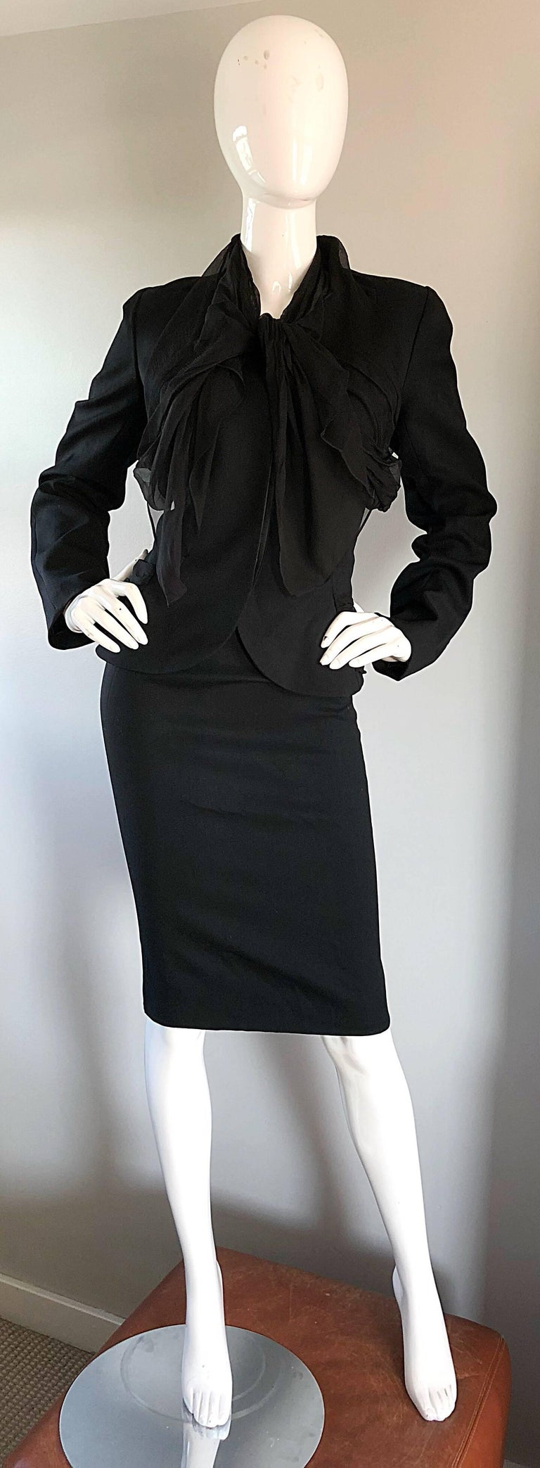 John Galliano Early 2000s Black Size 8 / 10 1940s Style Jacket Skirt Suit For Sale 5
