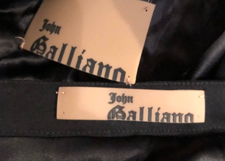 John Galliano Early 2000s Black Size 8 / 10 1940s Style Jacket Skirt Suit For Sale 6