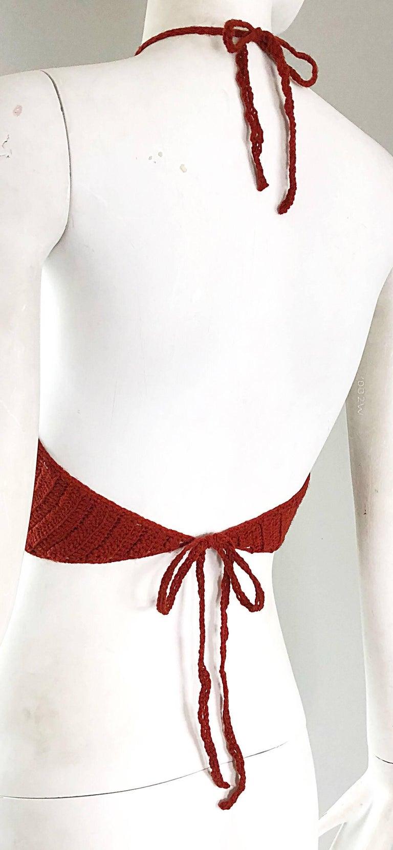 Burnt Orange Hand Crochet Vintage Wool Crop Top Flower Boho Shirt, 1970s   For Sale 3
