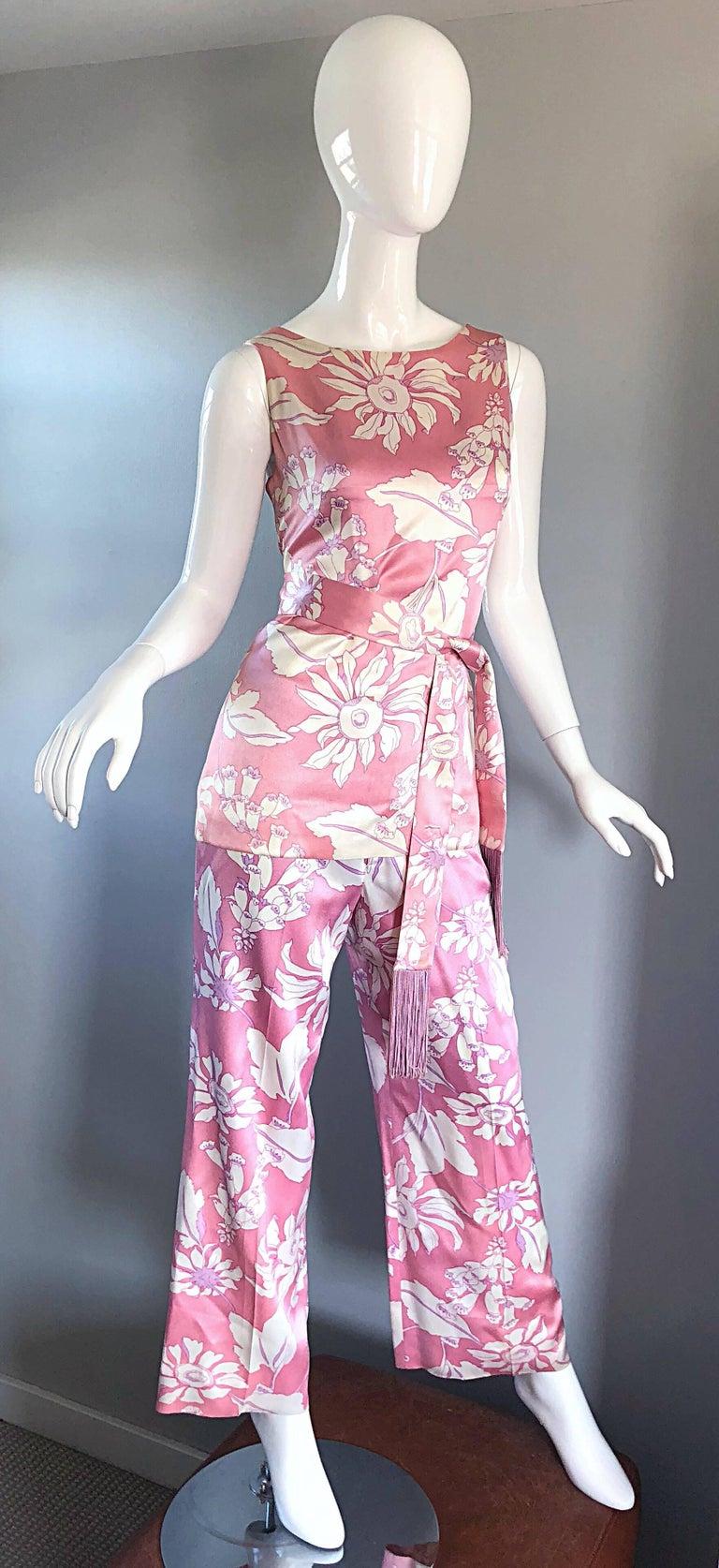 Geoffrey Beene Vintage 1970s Pink + White Four Piece Silk Pants Top Belt & Shawl For Sale 2