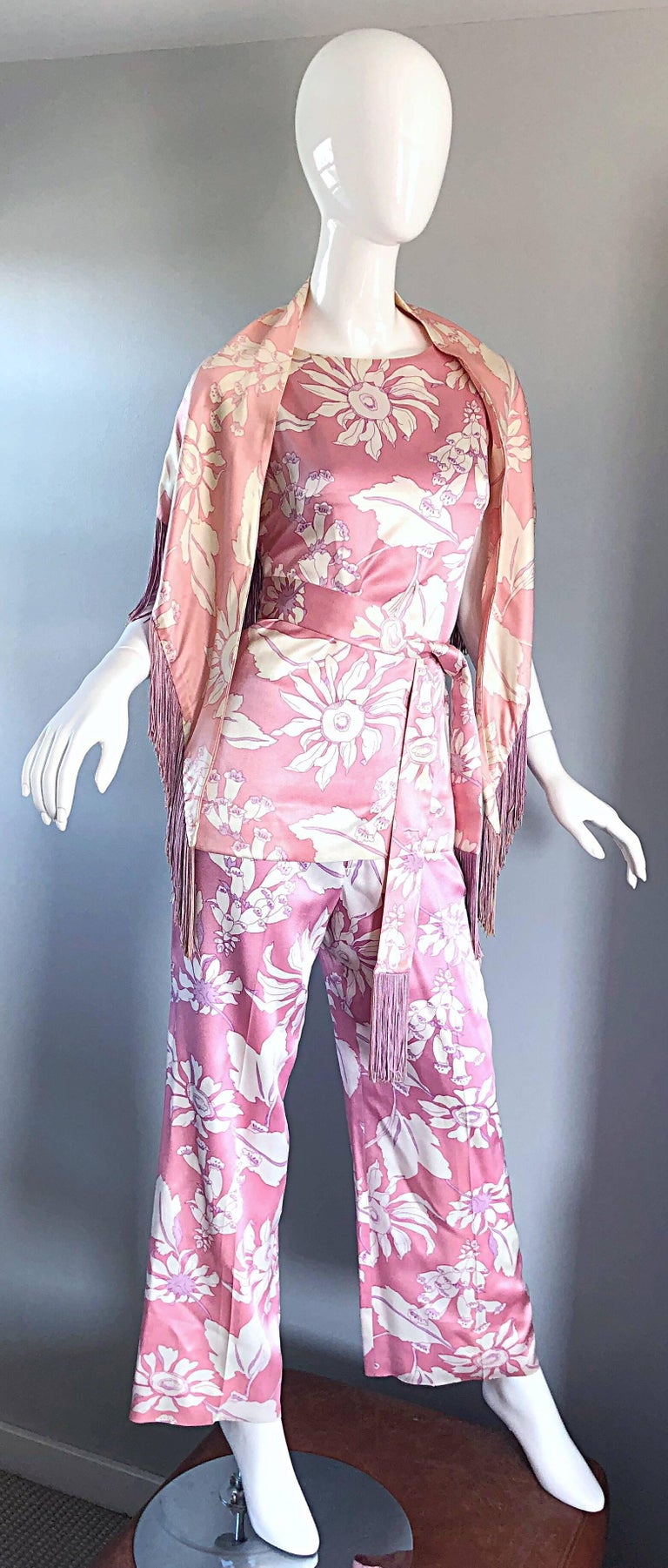 Geoffrey Beene Vintage 1970s Pink + White Four Piece Silk Pants Top Belt & Shawl For Sale 3