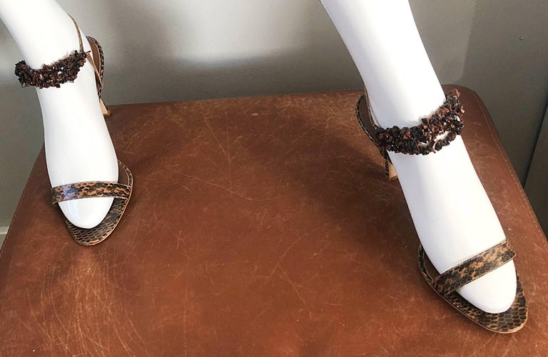 New Manolo Blahnik Brown Snake Skin Python Sz 40.5 US 9.5 / 10 High Heel Sandals In New never worn Condition For Sale In San Francisco, CA