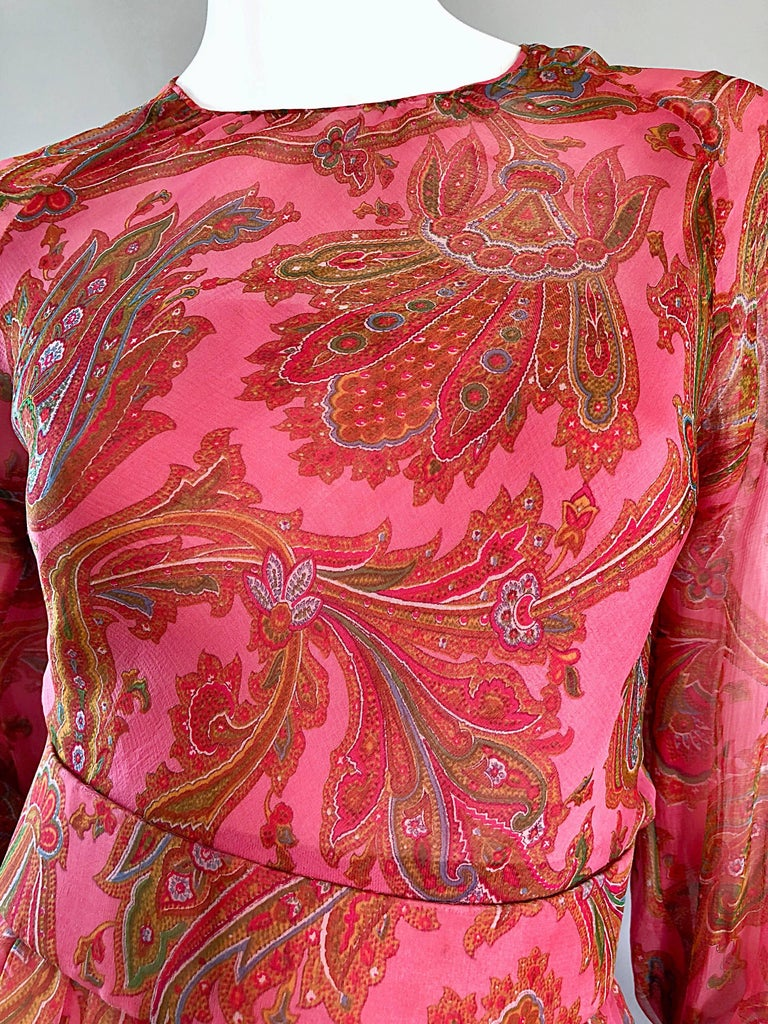 Adele Simpson 1970s Pink Silk Chiffon Paisley Bishop Sleeve Vintage Maxi Dress In Good Condition For Sale In Chicago, IL