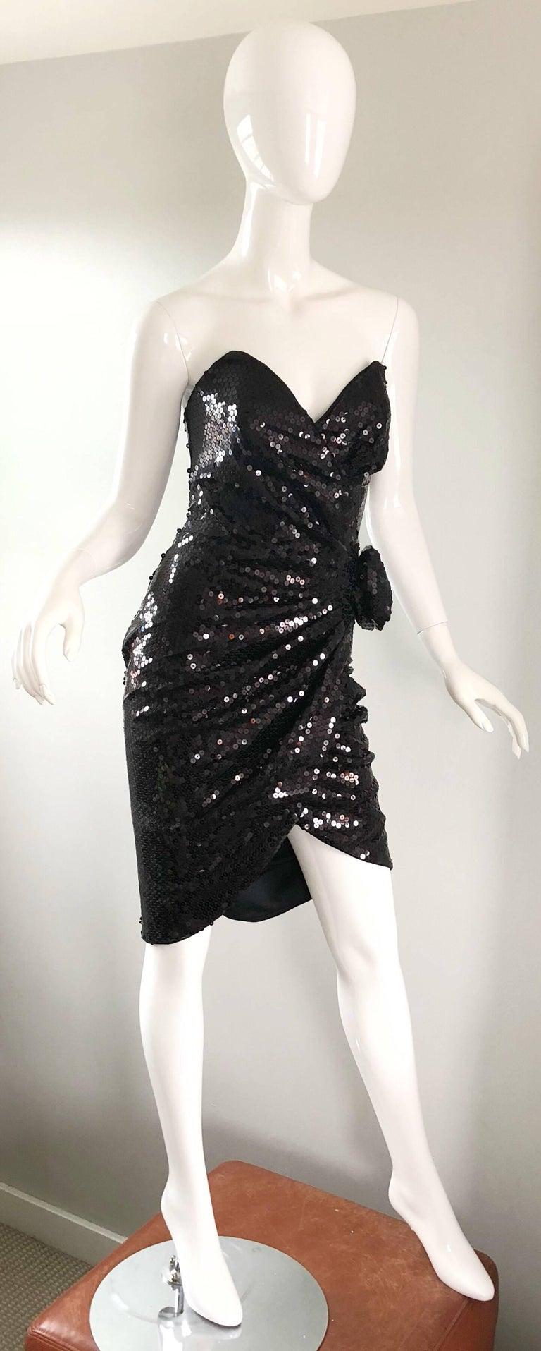Vintage Tadashi Shoji 1980s Size 8 Black Sequin Strapless