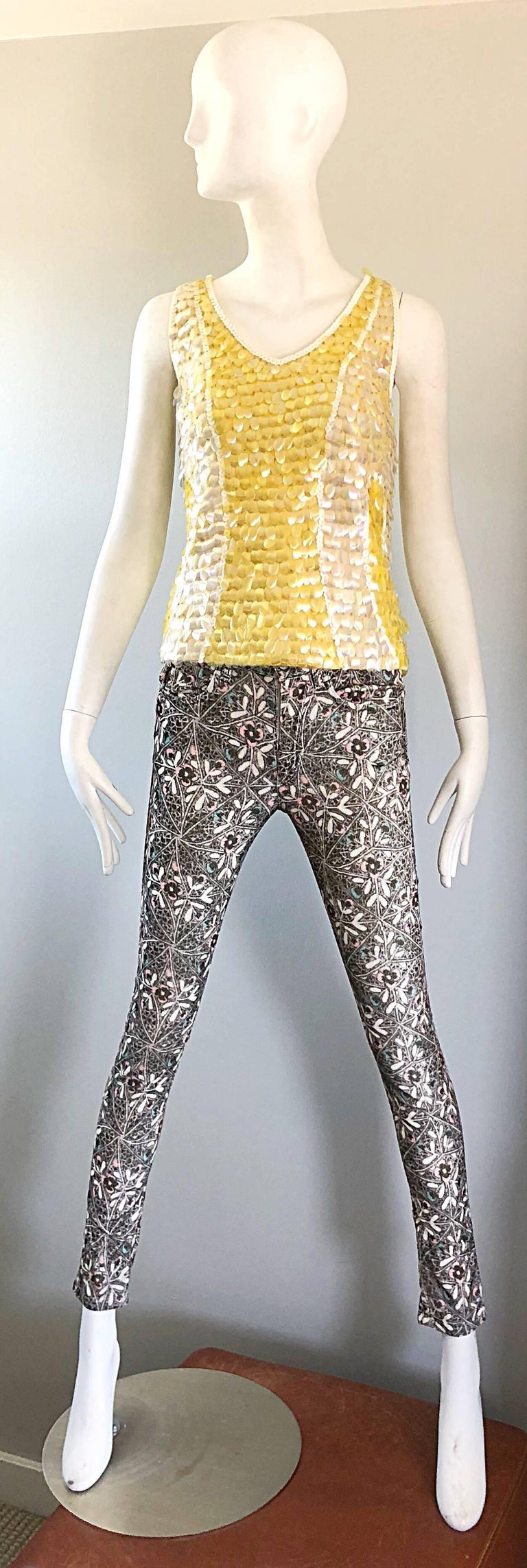 Women's 1960s Yellow + White + Clear Paillettes Sequined Lamb's Wool Sleeveless 60s Top For Sale