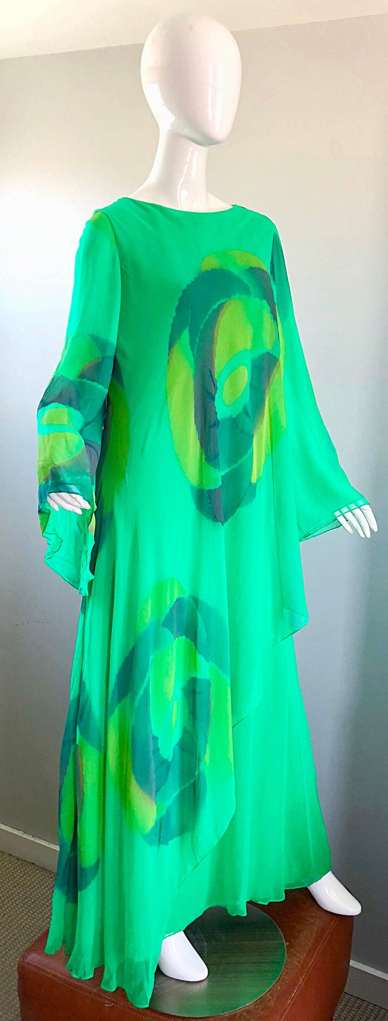 Vintage Travillia Couture 1970s Hand Painted Kelly Green Silk Chiffon 70s Gown For Sale 4