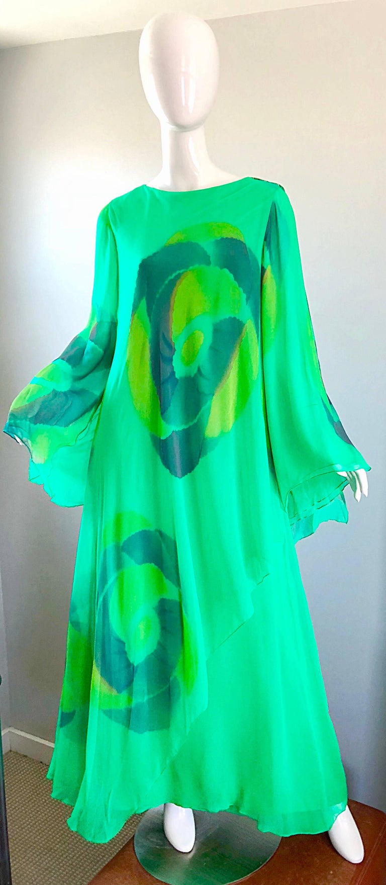Vintage Travillia Couture 1970s Hand Painted Kelly Green Silk Chiffon 70s Gown For Sale 5