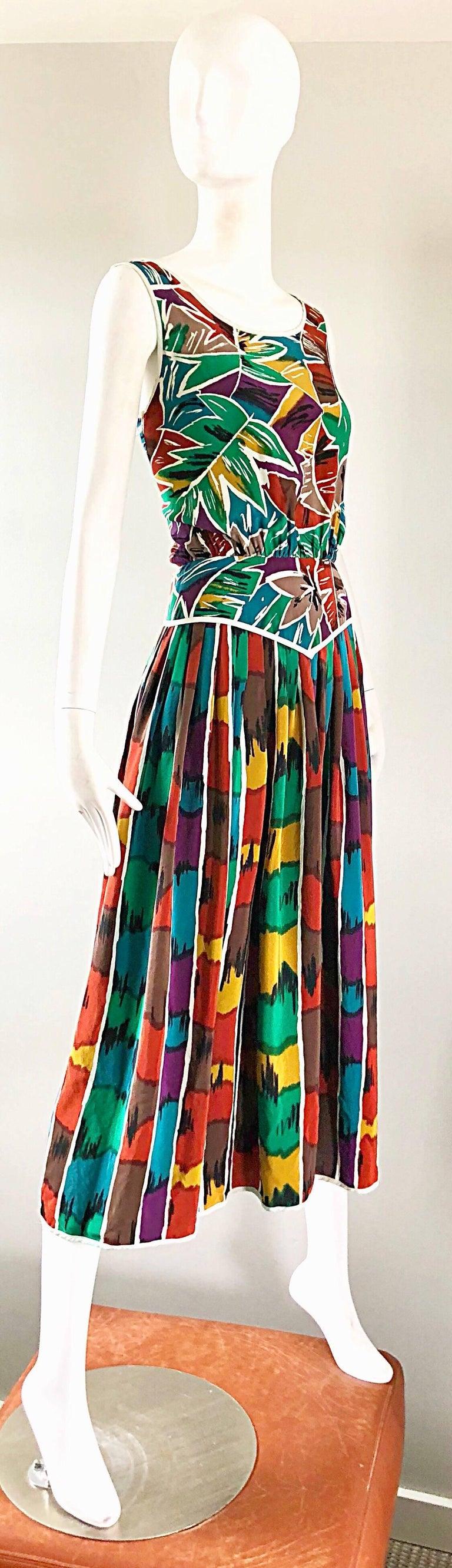 Vintage Oscar de la Renta Size 8 / 10 Kaleidoscope Print Silk Sleeveless Dress For Sale 2