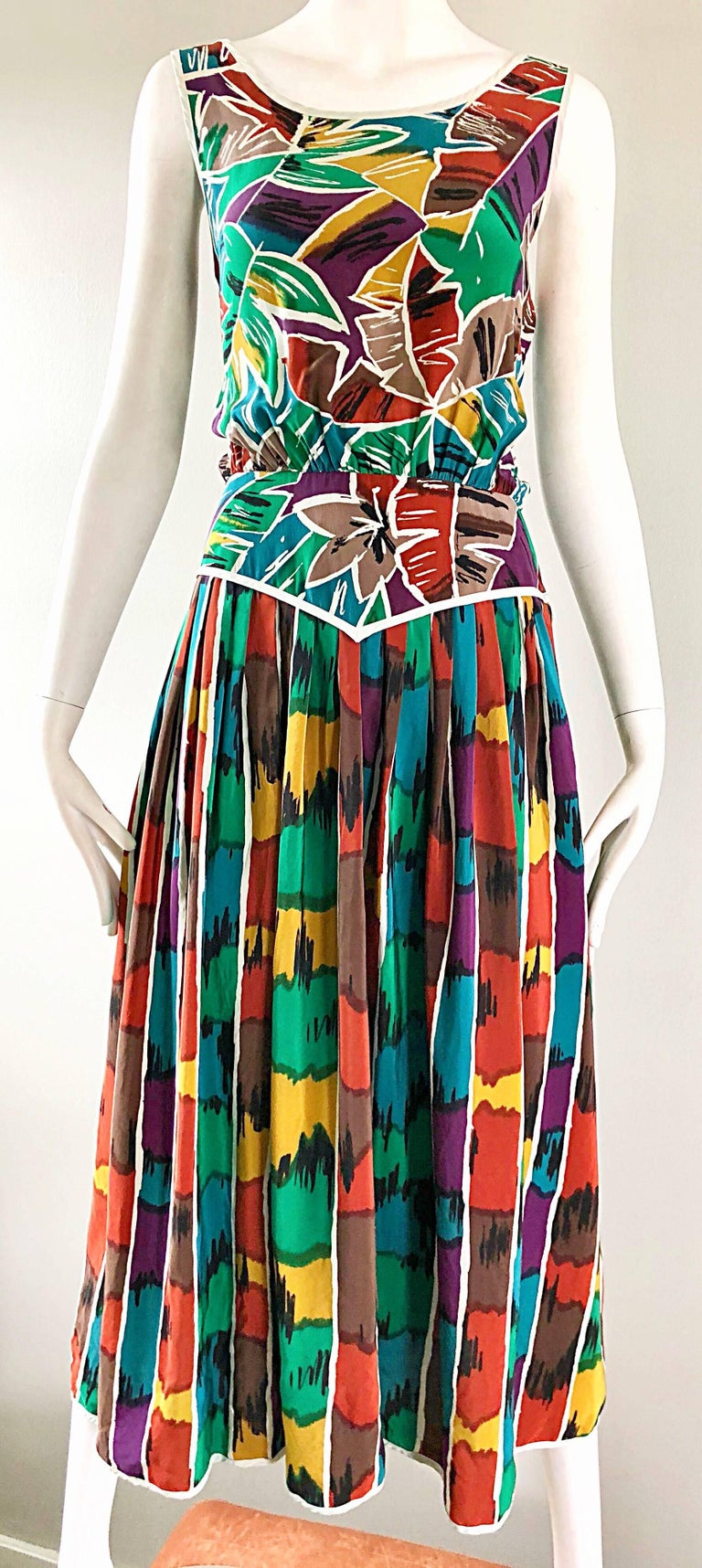Vintage Oscar de la Renta Size 8 / 10 Kaleidoscope Print Silk Sleeveless Dress For Sale 3