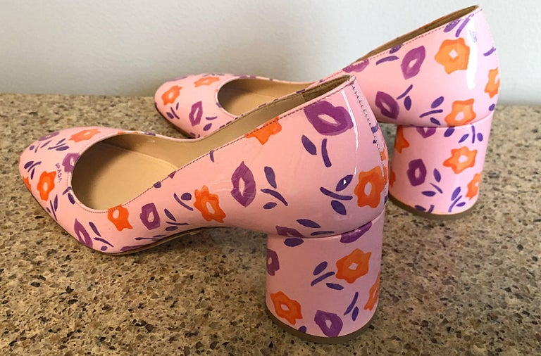 Sold Out Prada Size 37 / 7 Patent Leather Pink + Purple + Orange Lip Print Pumps In New Condition For Sale In Chicago, IL