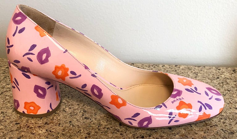 Sold Out Prada Size 37 / 7 Patent Leather Pink + Purple + Orange Lip Print Pumps For Sale 3
