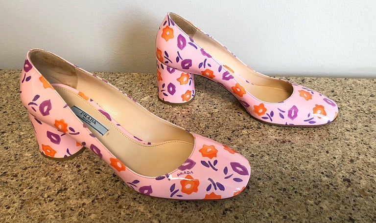 Sold Out Prada Size 37 / 7 Patent Leather Pink + Purple + Orange Lip Print Pumps For Sale 4