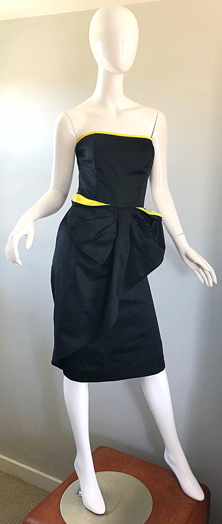 Vintage VIctor Costa Black + Yellow Avant Garde 1980s Strapless Cotton Dress For Sale 1