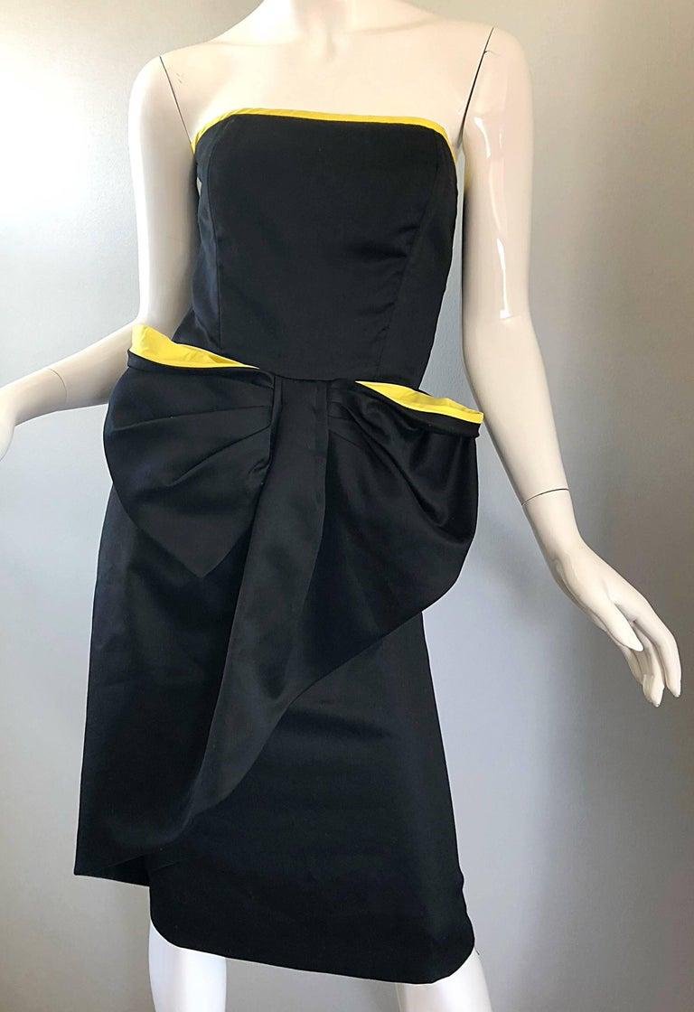Vintage VIctor Costa Black + Yellow Avant Garde 1980s Strapless Cotton Dress For Sale 5
