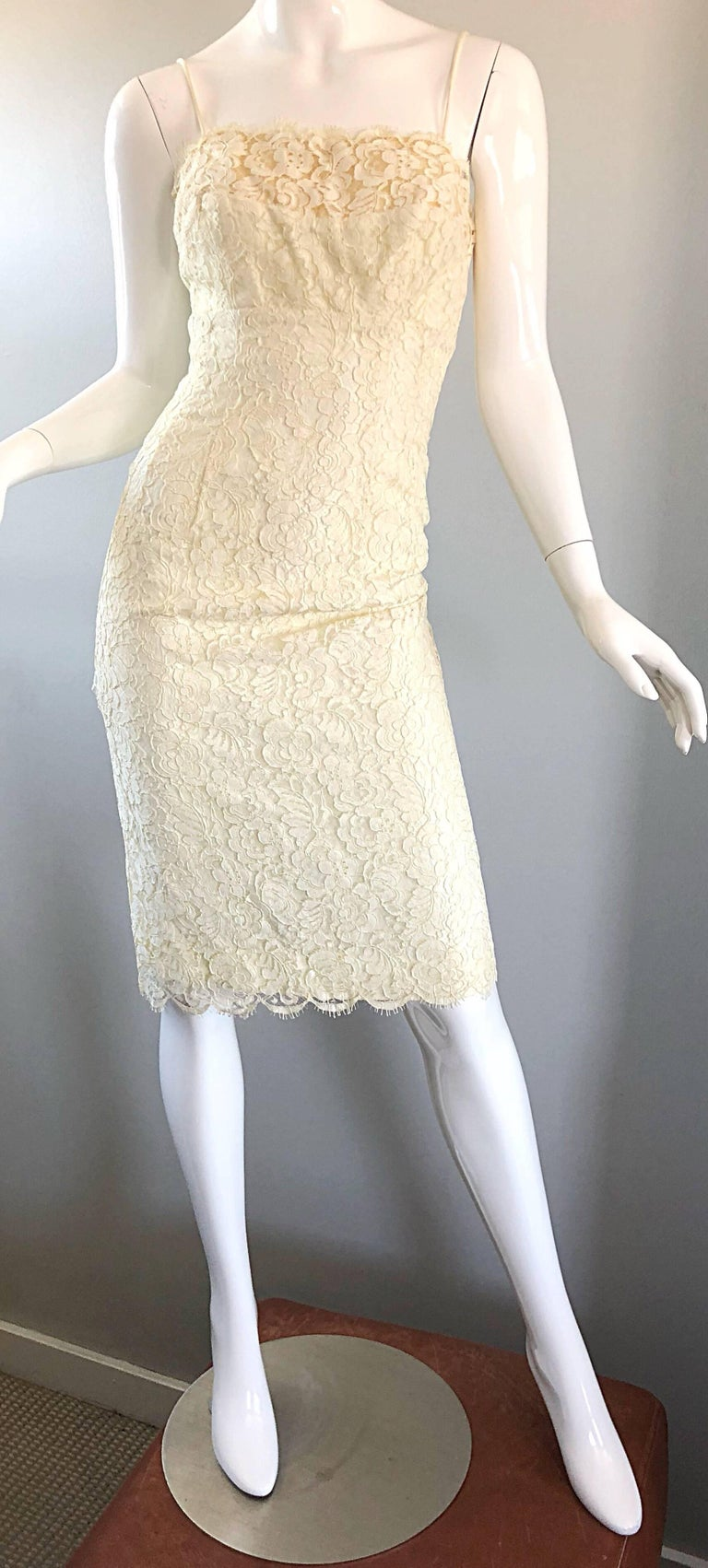 1950s Lilli Diamond Ivory Off - White French Lace Vintage 50s Wiggle Dress For Sale 5