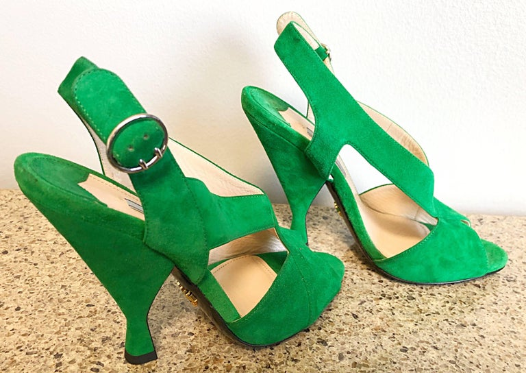 New Prada Size 36.5 / 6.5 Runway Kelly Green Suede Sandal High Heels Shoes For Sale 3