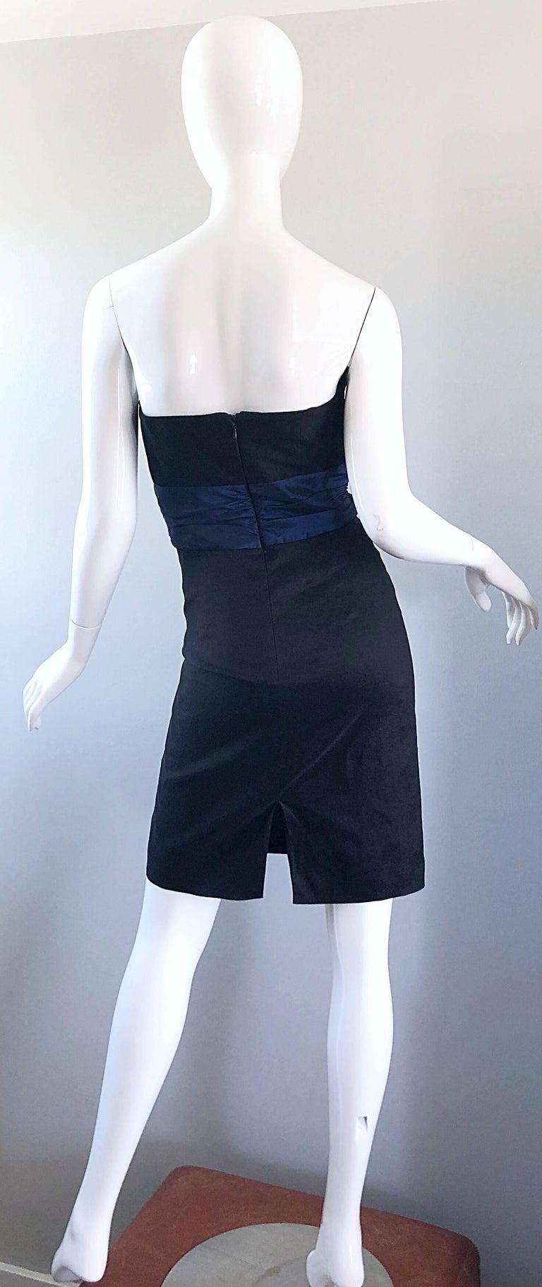 Badgley Mischka 1990s Sz 4 Vintage Avant Garde Black Navy Blue Sequin Mini Dress For Sale 1