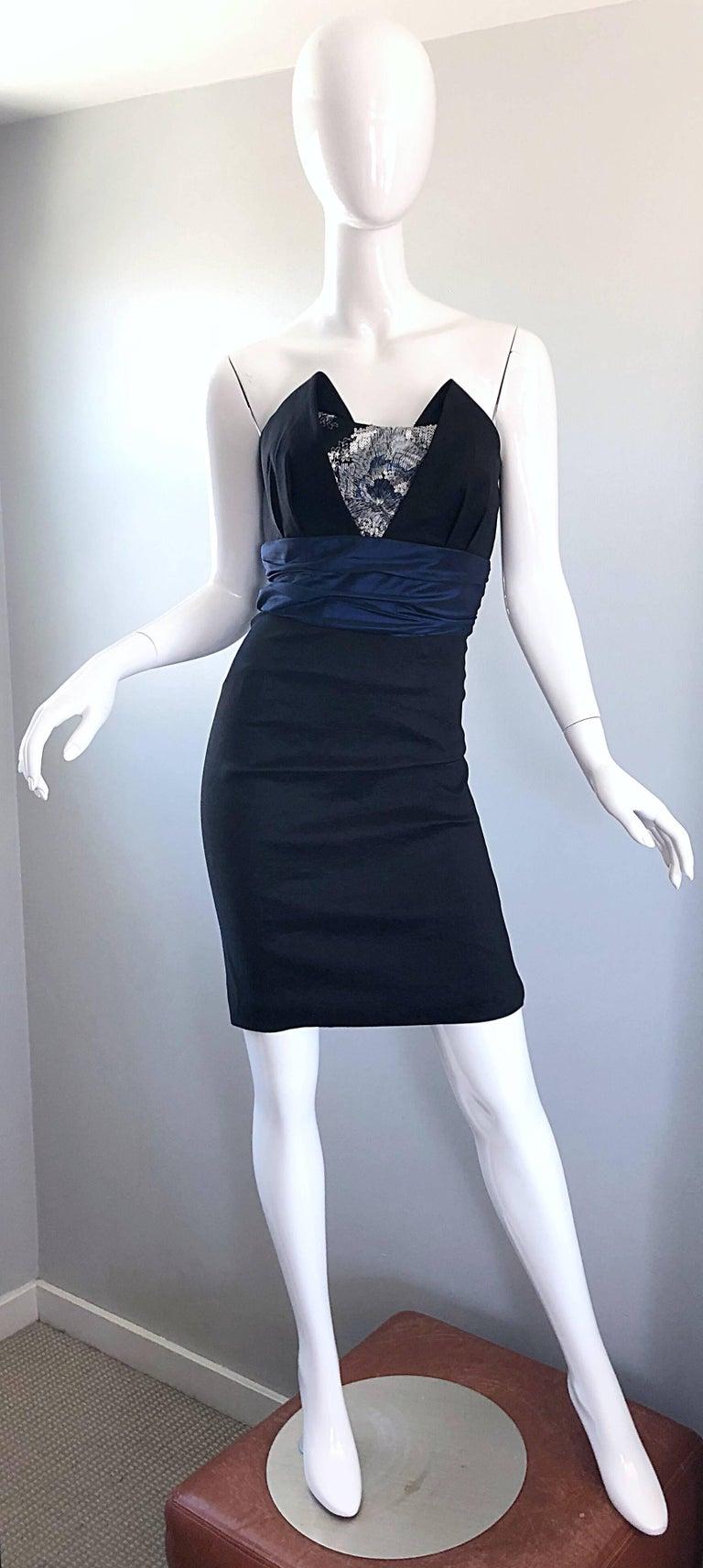 Badgley Mischka 1990s Sz 4 Vintage Avant Garde Black Navy Blue Sequin Mini Dress For Sale 5