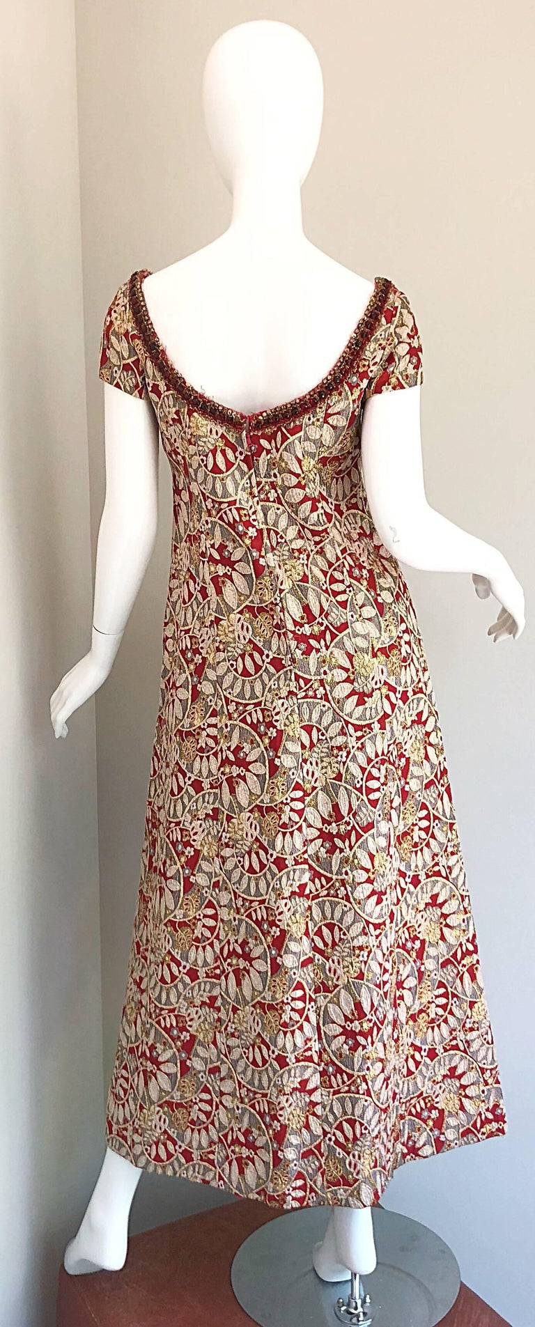 1960s Montaldo's Couture Red Gold Beaded 60s Gown and Jaket w/ Mink Fur Collar For Sale 8