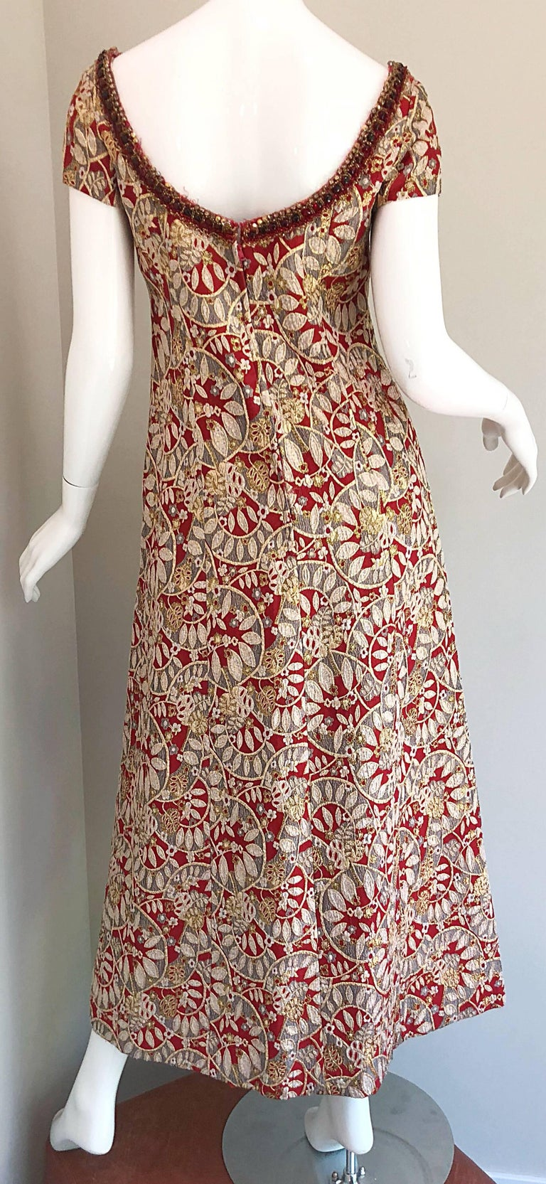 1960s Montaldo's Couture Red Gold Beaded 60s Gown and Jaket w/ Mink Fur Collar For Sale 11