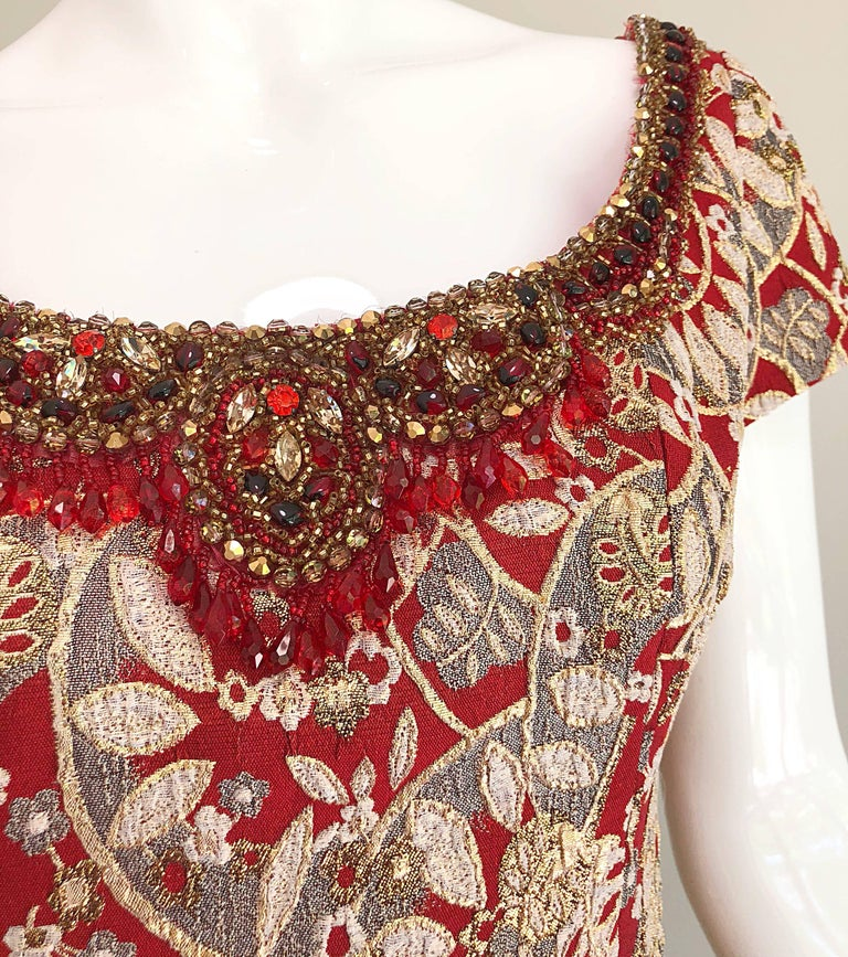 1960s Montaldo's Couture Red Gold Beaded 60s Gown and Jaket w/ Mink Fur Collar For Sale 12