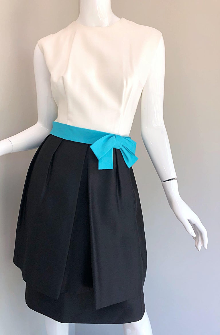 1950s B. Altman Black and White + Turquoise Blue Vintage 50s Silk Cocktail Dress For Sale 3