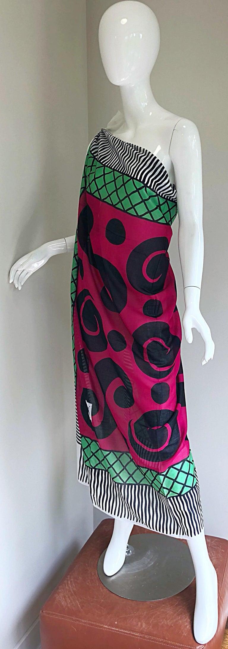 Vintage Yves Saint Laurent Iconic YSL Jumbo 55 x 55 Cotton Shawl Parero Dress For Sale 1