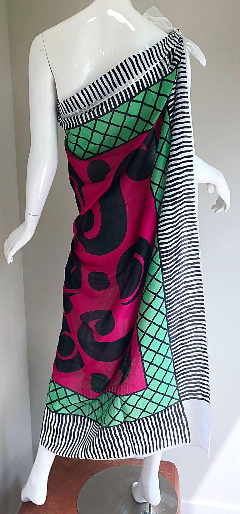 Vintage Yves Saint Laurent Iconic YSL Jumbo 55 x 55 Cotton Shawl Parero Dress For Sale 2