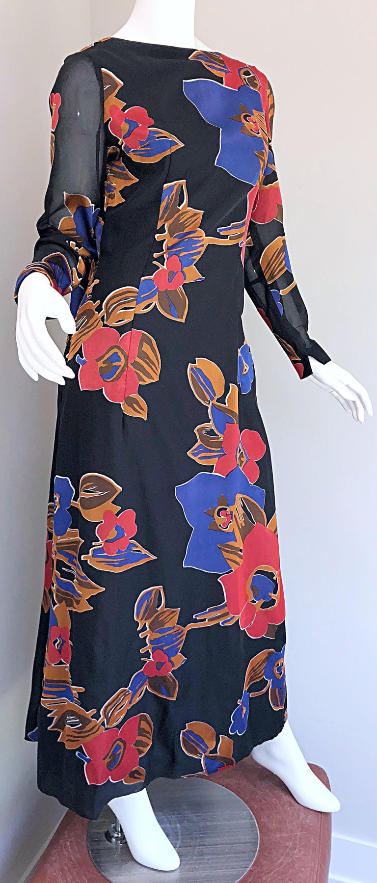 Women's 1960s John Boyle Bishop Black + Brown + Red Abstract Trained 60s Gown Maxi Dress For Sale