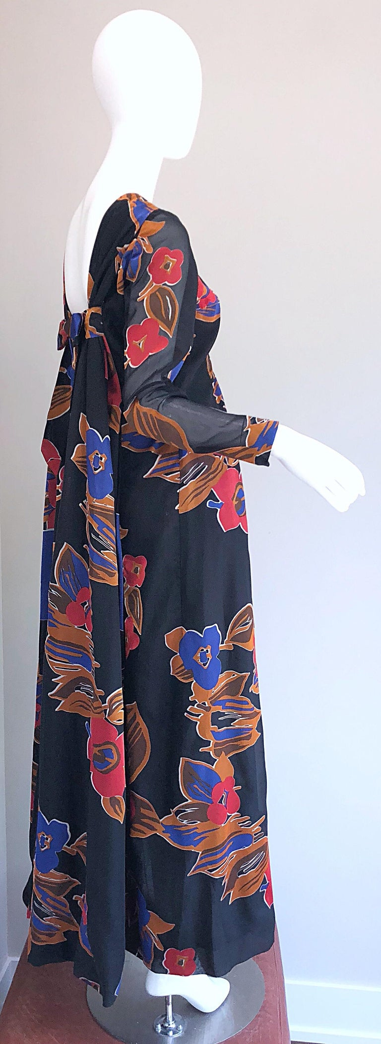 1960s John Boyle Bishop Black + Brown + Red Abstract Trained 60s Gown Maxi Dress For Sale 1