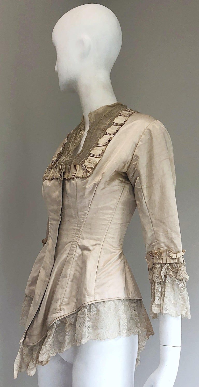 Incredible Authentic Victorian 1880s Ivory Silk Lace Corset 1800s Couture Blouse For Sale 1