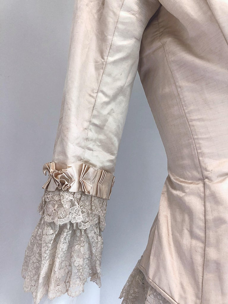 Incredible Authentic Victorian 1880s Ivory Silk Lace Corset 1800s Couture Blouse For Sale 4